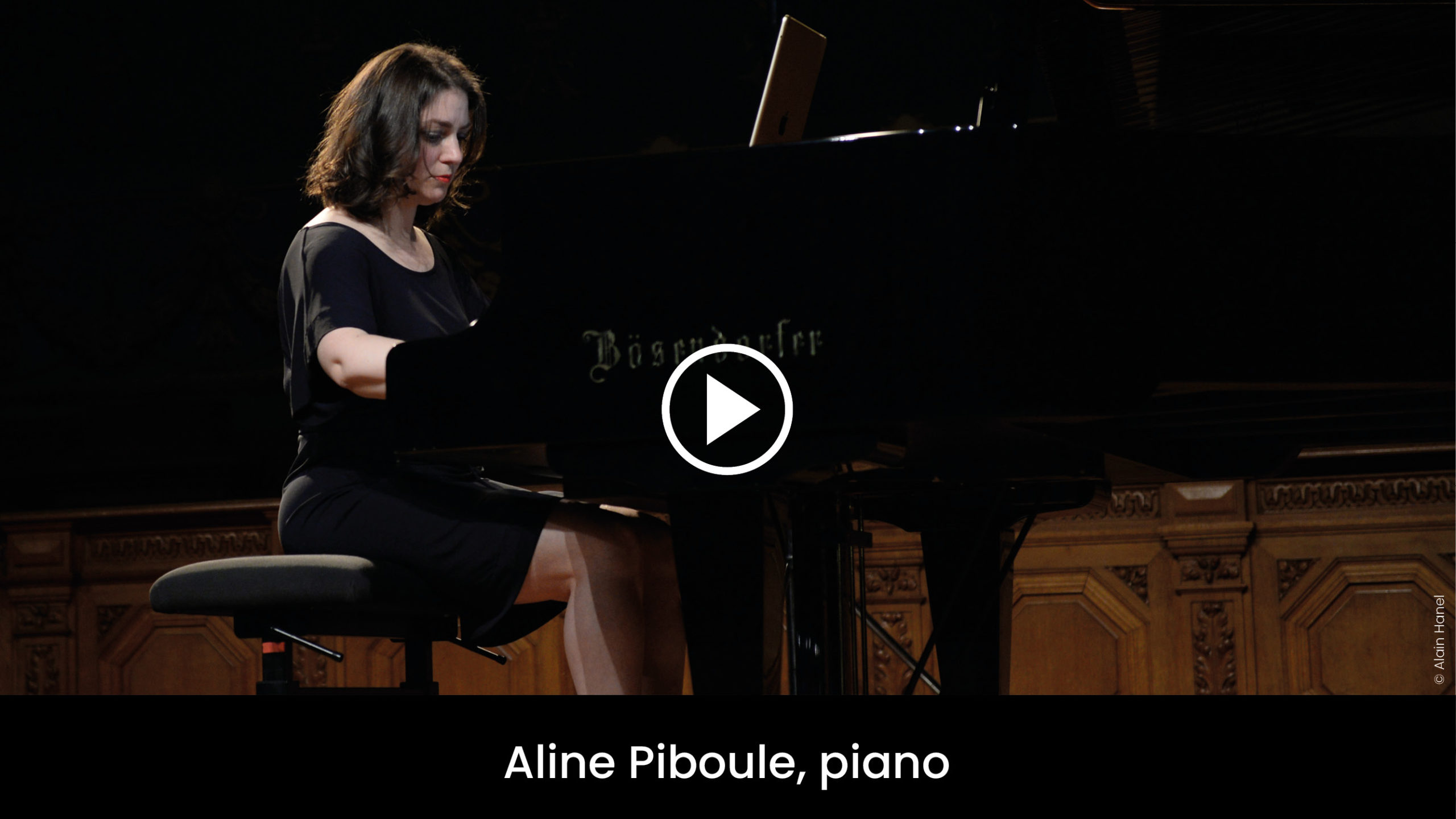 Aline Piboule, piano